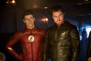 'flash' star grant gustin praises 'arrow' as 'badass show' that set stage for 'arrowverse'