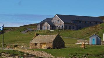 fire breaks out at shetland bird observatory and lodge