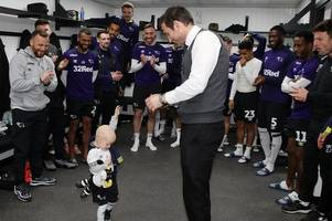amazing pictures of cancer-stricken tot dancing with frank lampard in derby county dressing room