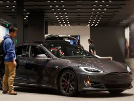 tesla hit the brakes on its store closure plan, rescuing many of the outlets it promised to close just 2 weeks ago