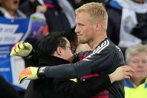 peter schmeichel opens up about son kasper's heroic efforts after leicester helicopter crash