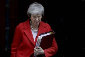 brexit: theresa may set for last-ditch talks in strasbourg - reports