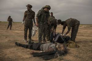us-backed force kills dozens of isis fighters as baghouz offensive resumes