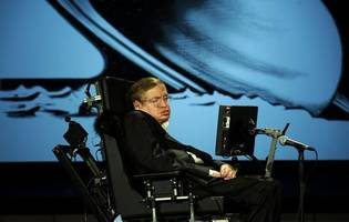 Stephen Hawking's ex-nurse barred from practising