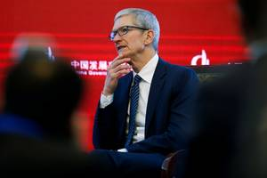 'significant controversy' still surrounds apple as investors debate whether it's safe to jump back in (aapl)