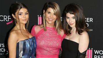 Full House's Lori Loughlin faces college bribery charges