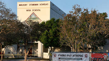stoneman douglas football coach willis may resigns citing school tragedy