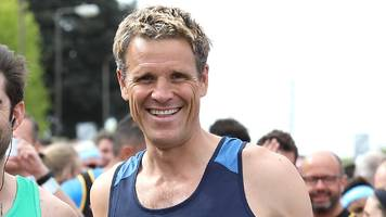 boat race: james cracknell in cambridge crew to face oxford on river thames