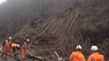 london-hastings railway line 'blocked for days' after landslip