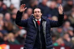 arsenal 'bid £7m for leeds united target', west ham to rival championship sides for midfielder