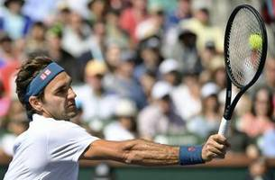 Federer reaches Indian Wells semis in pursuit of 6th title