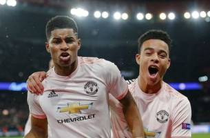 Man United gets Barcelona in Champions League quarterfinals