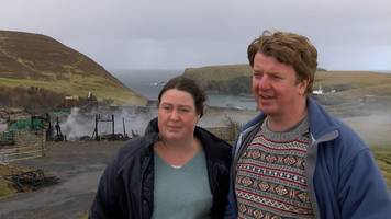 fair isle fire couple 'never thought of leaving'