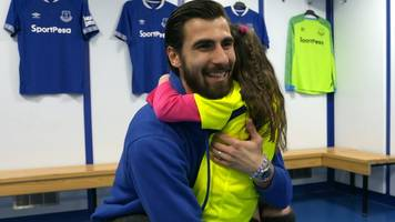 Andre Gomes: Everton's on-loan midfielder takes part in charity 'hug-a-thon'