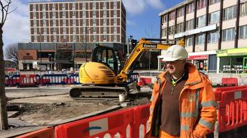 Dawnus: Swansea building firm goes into administration
