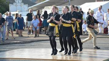 sword dancers whip the cat seek to defend world title