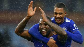 morgan grabs late winner for 10-man leicester at burnley