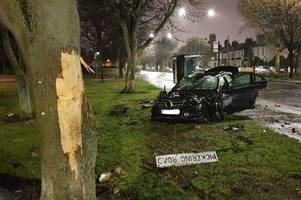 sports car completely wrecked after smashing into tree near hessle road