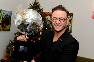 don't miss kevin clifton in all star musicals with elaine paige and kristin chenoweth on sunday