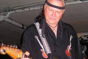 dick dale, legendary surf rock guitarist, dies at 81