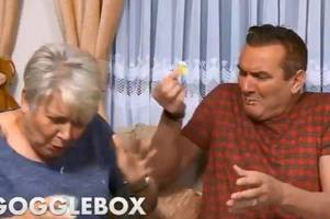 gogglebox stars jenny and lee's mishap sends people into meltdown