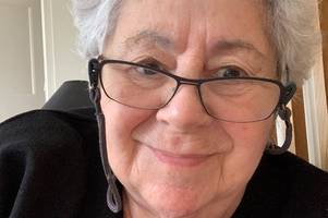 cambridge grandmother battling ovarian cancer speaks out about its little-known symptoms