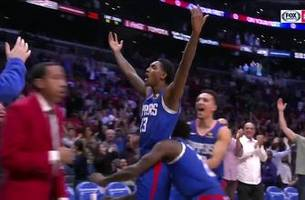 MUST-SEE: Lou Williams drains buzzer beater 3 to lift Clippers over Nets