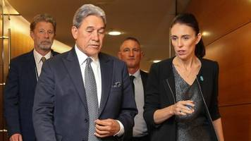 christchurch shootings: nz cabinet backs action on gun laws