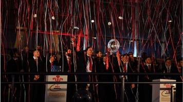 Grand Slam champions given heroes welcome