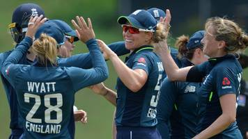 england women beat sri lanka to win odi series