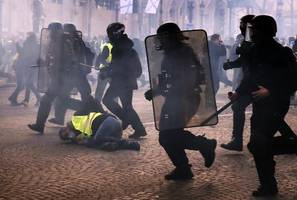 France seeks answers after police failed to stop Paris riots