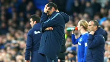 maurizio sarri addresses chelsea's top four chances after 2-0 defeat to everton