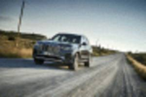 first drive review: the 2019 bmw x7 has grit, grille, and grandeur