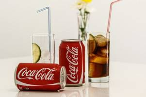 drinking coke and diet coke daily could lead to an early grave
