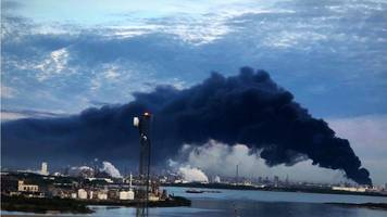 houston chemical fire: huge flames seen engulfing plant in deer park