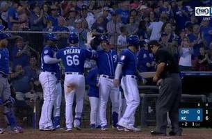 Royals' bats come alive in 8-6 victory over Cubs