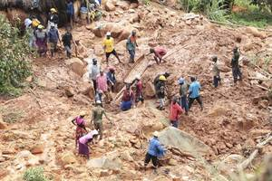 mozambique declares three days of national mourning after deadly cyclone idai