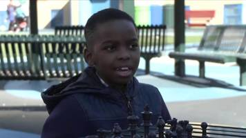 Homeless chess champion from Nigeria 'gets apartment' after crowdfund