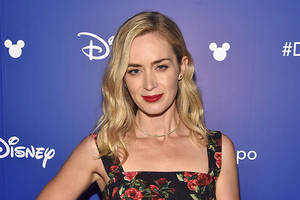 emily blunt in talks to star in memoir adaptation 'not fade away' at annapurna