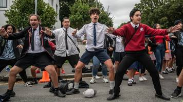 christchurch shootings: how the haka unifies new zealand in mourning