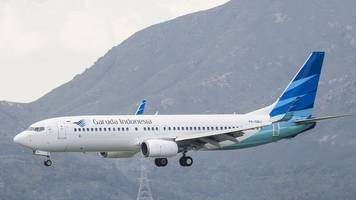 Garuda looks to scrap Boeing 737 Max 8 order after crashes
