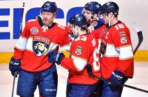 Panthers top line powers Cats over Coyotes in 4-2 win