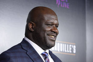 shaquille o'neal becomes papa john's first african american board member