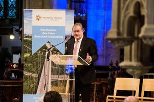 Lord Prescott tells business leaders Hull can lead fight against climate change