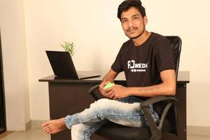 story of a high school dropout akshay girme who is ruling the digital world like a boss