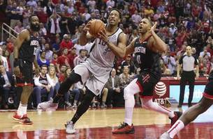 spurs have late comeback, fall short in loss to rockets