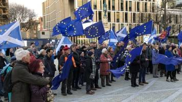 scots to join london march for second brexit referendum
