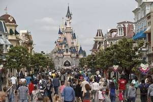 evacuation at disneyland paris believed to be false alarm