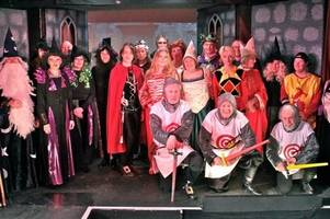 bampton players praised by noda for camelot panto