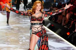 victoria's secret recruits first ginger angel alexina graham - and she stuns in tartan